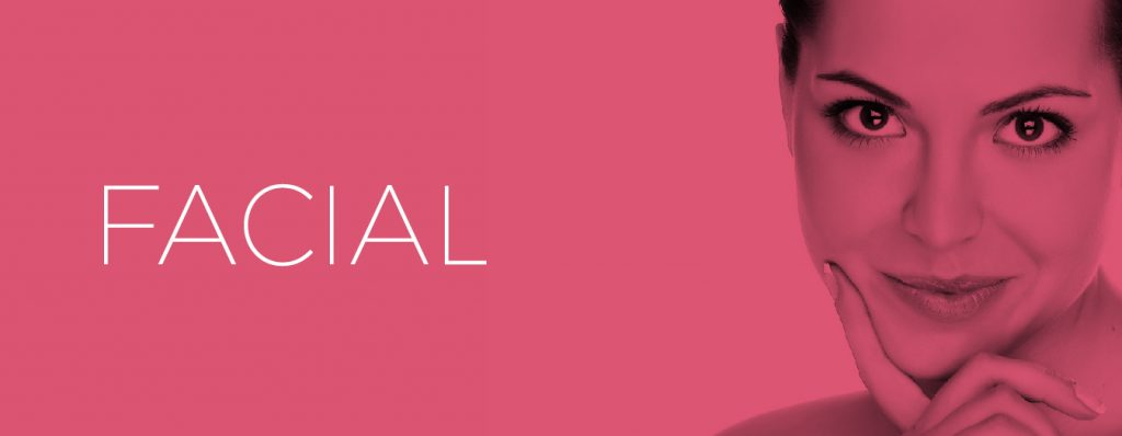 Logo Facial en fondo rosado claro con mujer joven sonriendo