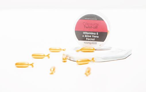 Recipiente y cápsulas de Vitamina E + Aloe Vera Facial